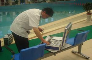 对德令哈市游泳馆进行日常检查
